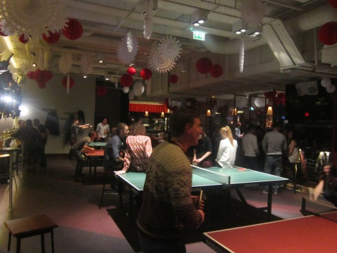 Bounce ping pong bar