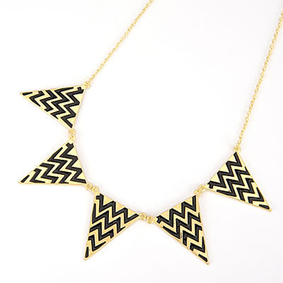 Triangle Bunting Necklace £8